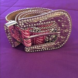 Pink western belt